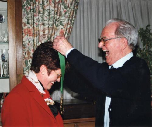 2000 Nouveau chevalier Mme. Schmit-Weigel Sylvette