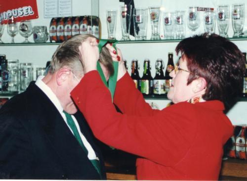 2000 Nouveau chevalier M. Dostert Vic